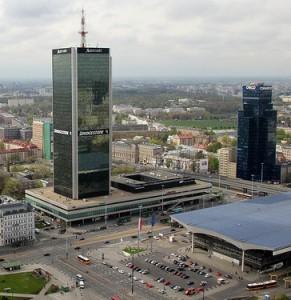 Warszawa, Aleje Jerozolimskie 65/79 - Centrum LIM (budynek hotelu Marriott). Polbi - Szkolenia dla firm.